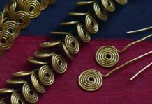 Egyptian wire jewelry