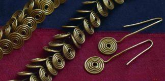 Egyptian wire jewelry